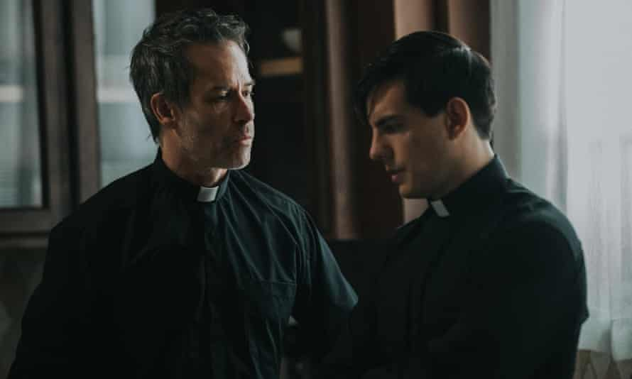 Something wicked ... Guy Pearce (left) and Vadhir Derbez in The Seventh Day.