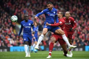 Loftus-Cheek loses possession as he's clashes with Matip.