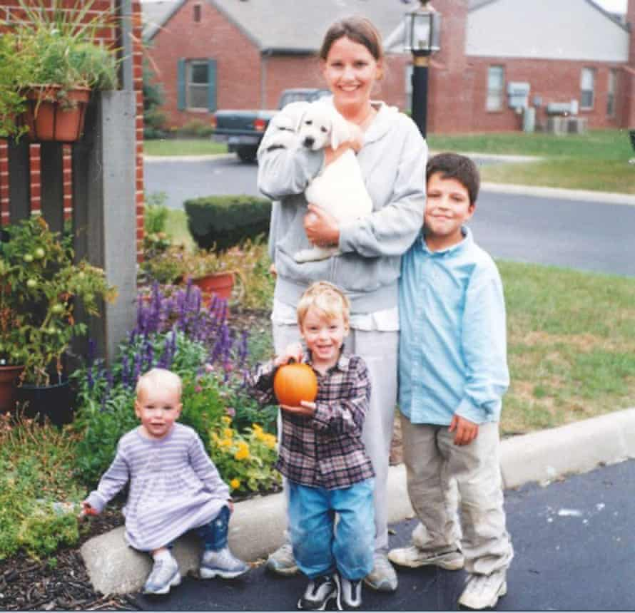 Home front: Kim Knutsen, kids and puppy.