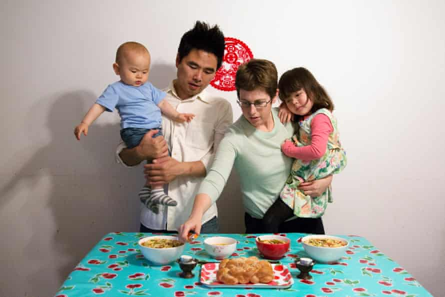 Noodles for Shanghai Shabbat (2016) An American-born, Jewish lady celebrates the traditional Friday night Shabbat with her Chinese husband and their two children.