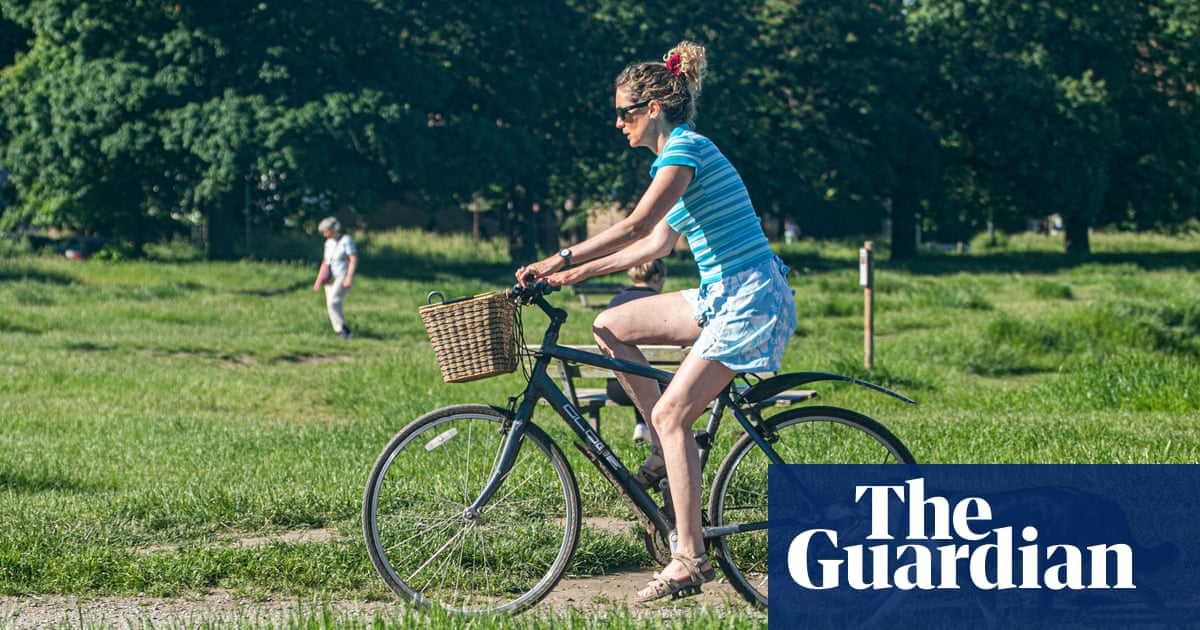Cycling trips made by women in England rose 50% nel 2020, lo studio trova