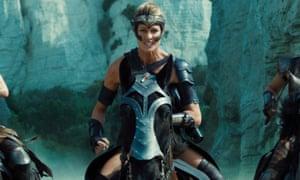 Robin Wright on horseback in Wonder Woman