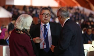 Su Wei speaks with Laurence Tubiana, and ADP co-chair Ahmed Djoghlaf at COP21 in Le Bourget, Paris