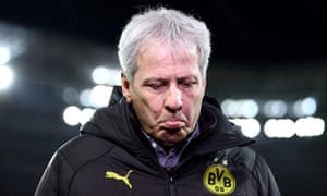 Not everyone on the Yellow Wall approves of Lucien Favre.