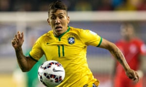 Roberto Firmino in action for Brazil against Peru in Group C of the Copa América.