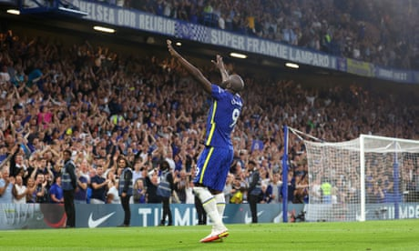 Romelu Lukaku celebrates after scoring Chelsea's third goal