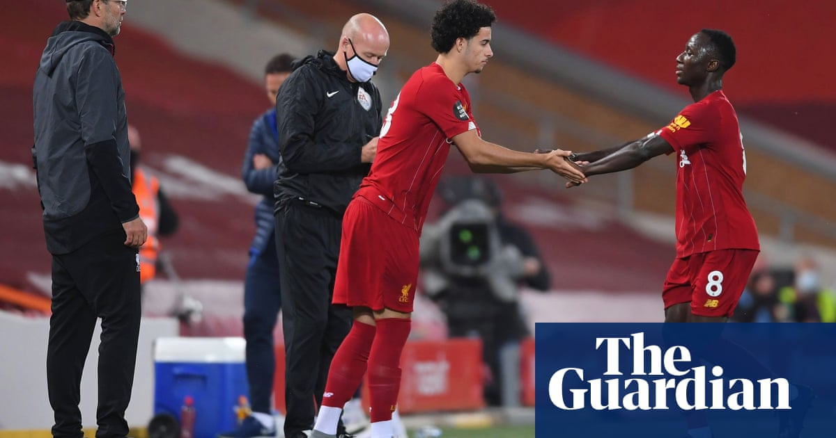 Premier League clubs reject chance to continue with five substitutions