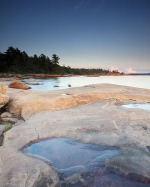 Scenic view of Georgian Bay and rocky shoreline in Killbear Provincial Park in Ontario, Canada.