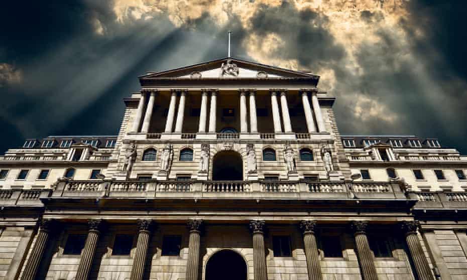 The front facade of the Bank of England, Threadneedle Street, London.
