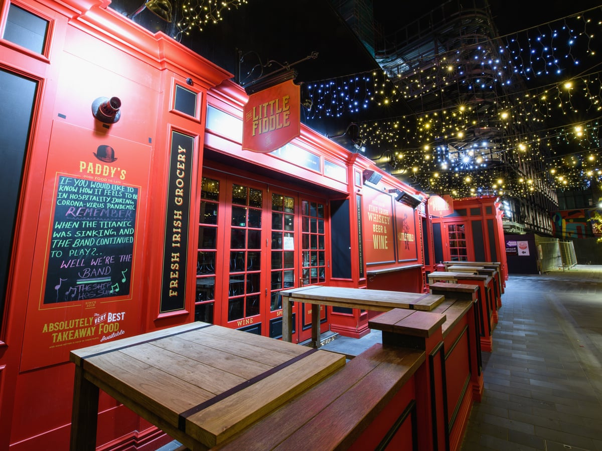 Could Be A Bit Strange New Zealand Bars To Reopen But Fun Is Kept At Arm S Length New Zealand The Guardian