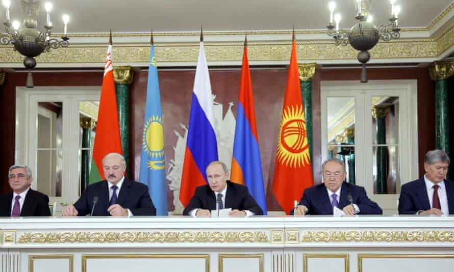 Armenia's President Sargsyan, President Lukashenko of Belarus, Vladimir Putin, Kazakhstan's President Nazarbayev and Kyrgyzstan's President Atambayev after a meeting of the Eurasian Economic Union in Moscow in 2014.