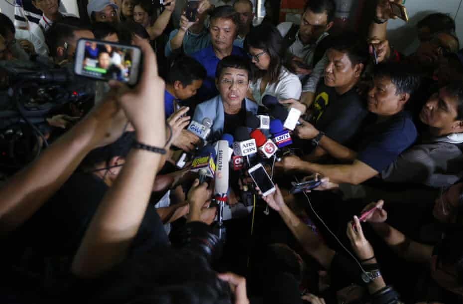 Maria Ressa, talks to the media after posting bail at a Regional Trial Court following an overnight arrest by National Bureau of Investigation agents on a libel case, 14 February 2019 in Manila, Philippines