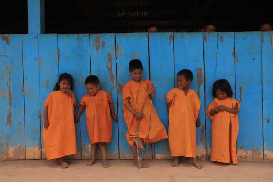 گروهی از کودکان