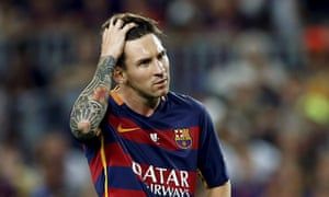Lionel Messi gestures during a Barcelona match