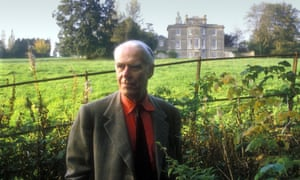 Anthony Powell by Hilary Spurling review – deliciously readable on
