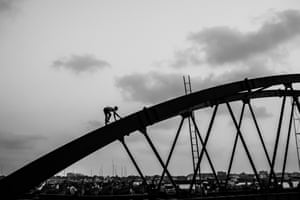 <strong>The Daredevil by Ata Adnan, Chittagong, Bangladesh</strong> An example of the interaction between humans and architecture.