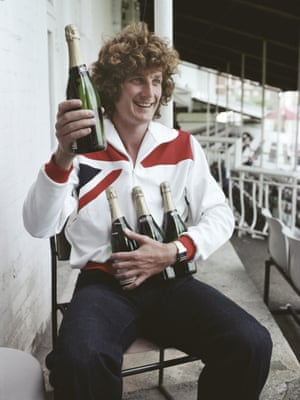 Bob Willis celebrating being the leading wicket-taker of the 1977 Ashes Test series.