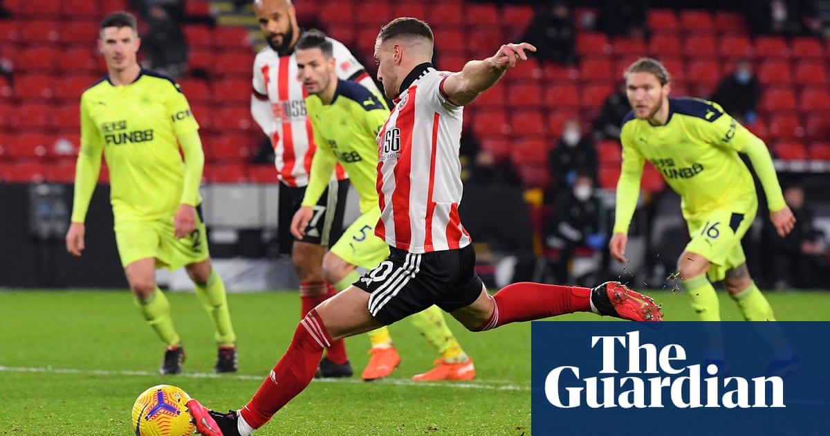 Sheffield United win at last as Billy Sharp penalty sinks 10-man Newcastle