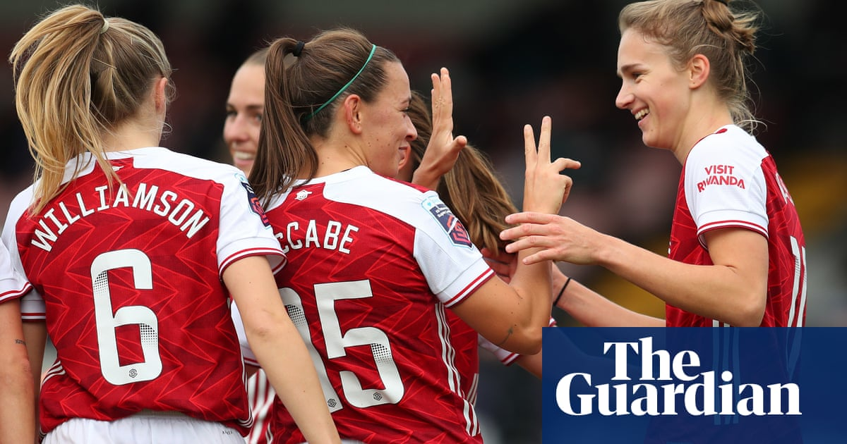 Miedema breaks WSL record with hat-trick as Arsenal hammer Tottenham