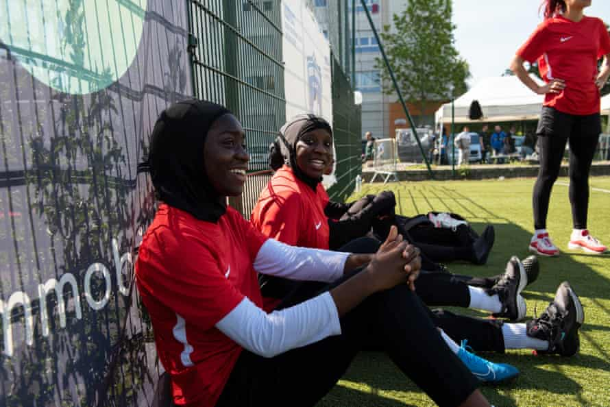 Karthoum Dembélé with other women from Les Hijabeuses at the Women's Urban Cup organised by Urban Jeunesse Academy.