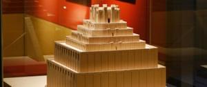 Scale model of the ziggurat Etemenanki.