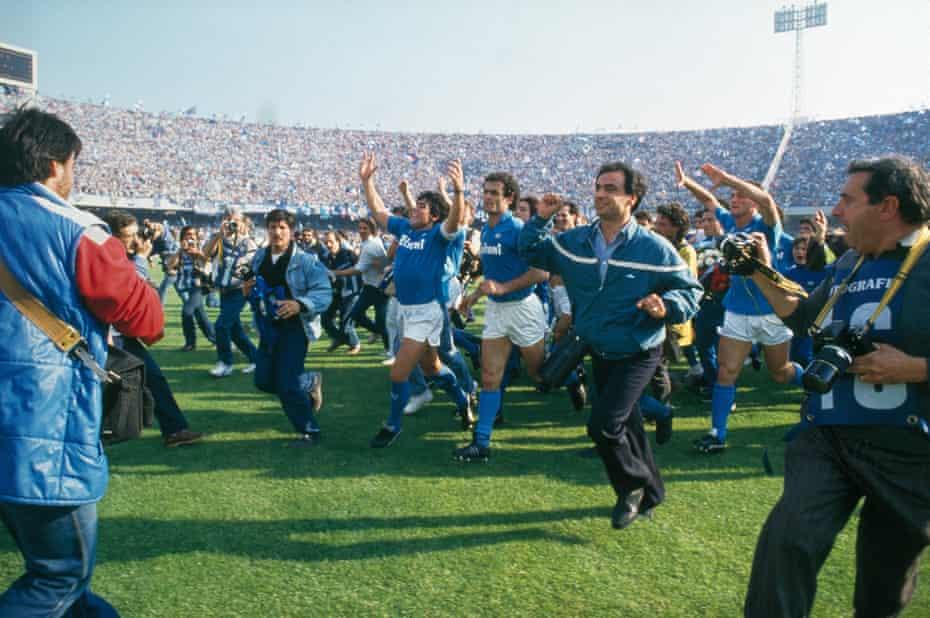 Maradona celebrating at Napoli v Fiorentina