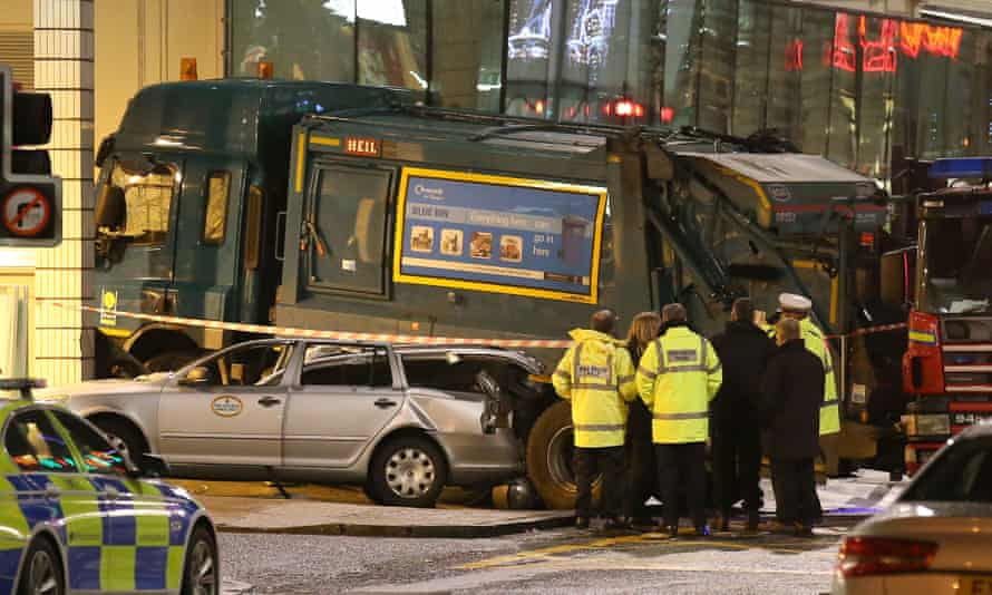 The scene in Glasgow's George Square after the bin lorry crash.