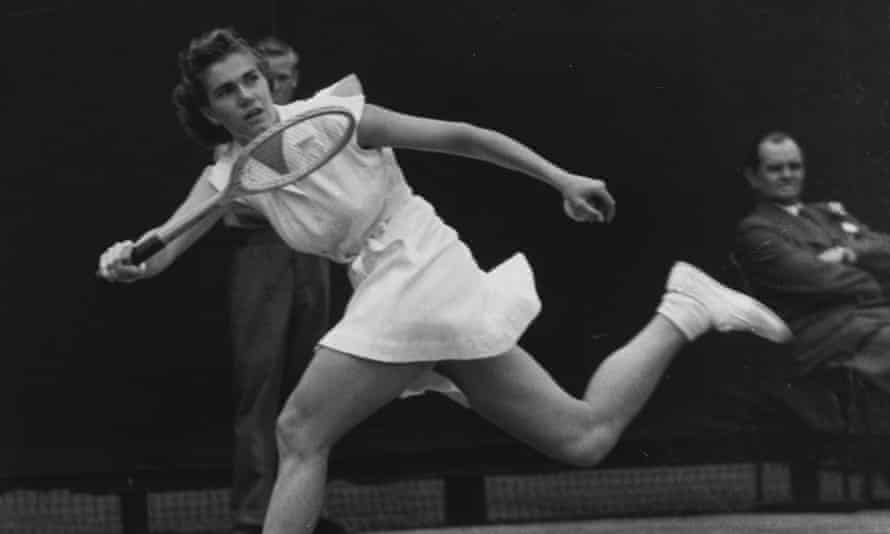 Shirley Fry playing at Wimbledon in 1951.