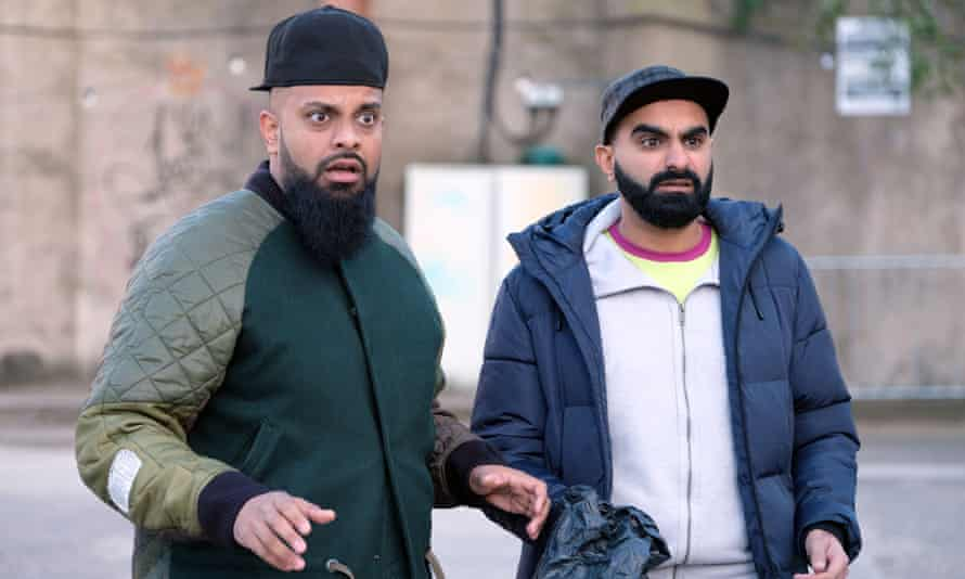 Tez with Guz Khan in Man Like Mobeen.