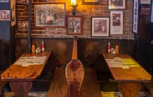 Molly's Pub and Restaurant Shebeen, New York