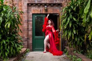 Kitty Allure, burlesque dancer, Stanmore