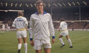 Duncan McKenzie warms up for the Charity Shield match against Liverpool in August 1974.