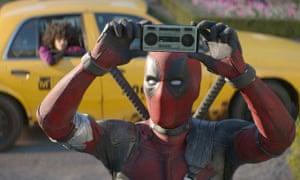 Dated game: Ryan Reynolds in Deadpool 2.