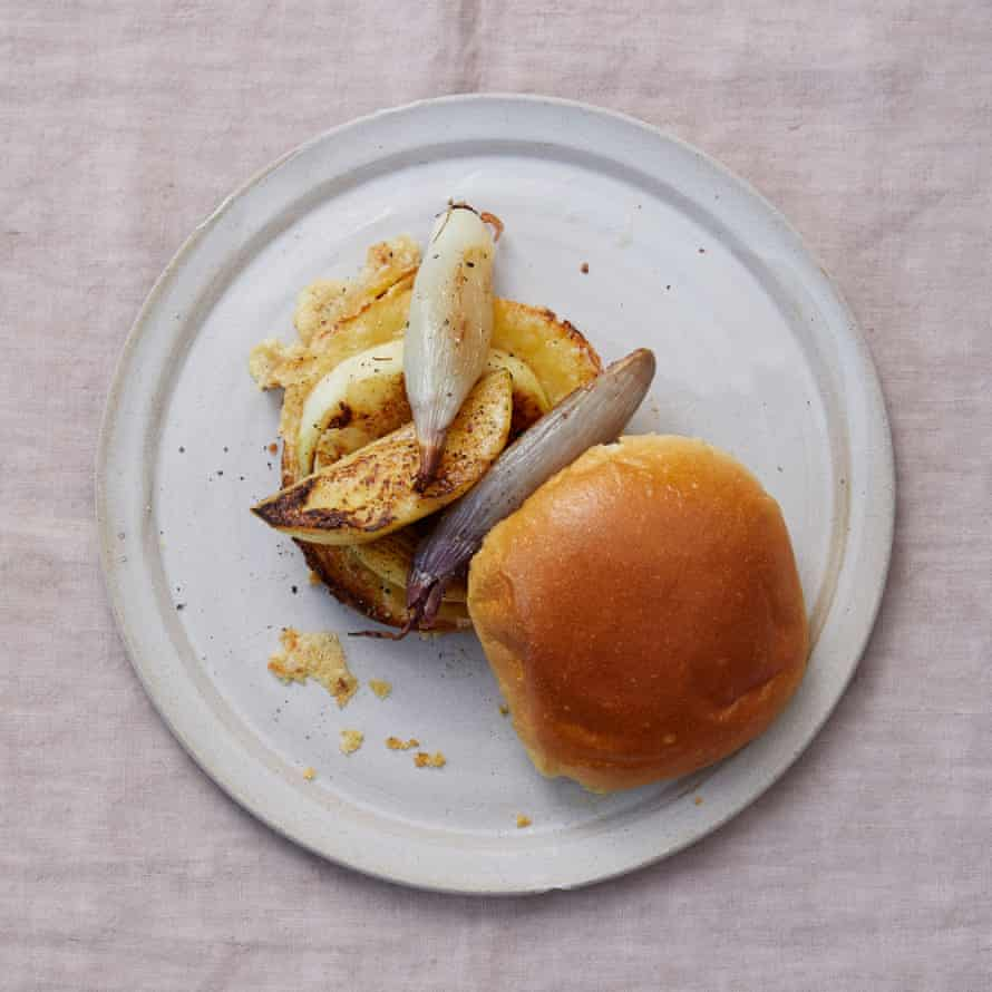 Meike Peters' grilled cheese sandwich with shallots and apple.