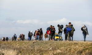People crossing border