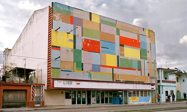 theguardian.com - The island of cinemas: Cuba's faded movie theatres - in pictures