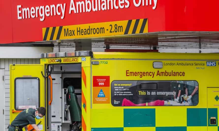 A London ambulance crew during the coronavirus outbreak