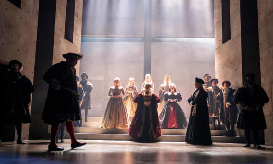 Nathaniel Parker as King Henry VIII and Rosanna Adams (centre) as Anna in The Mirror and the Light.