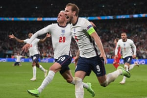 England's Harry Kane (right) celebrates with Phil Foden after scoring.