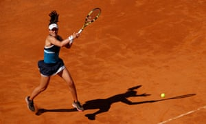 Johanna Konta plays a forehand on her way to a two-set victory over Venus Williams.