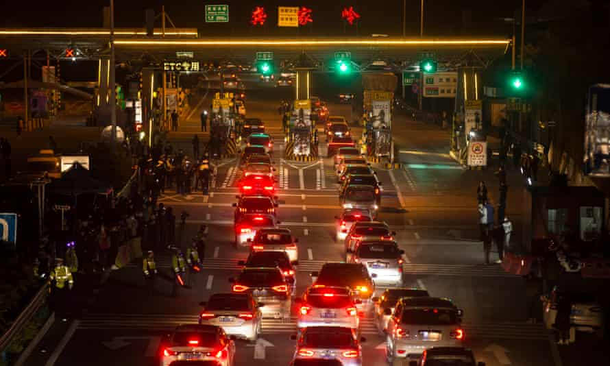 On 8 April the Wuhan Gongjialing toll station reopens as authorities lift traffic restrictions after 76 days of lockdown in which residents were not allowed to leave the city.