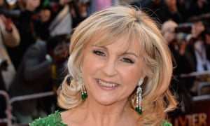 Lesley Garrett said King's College Choir must 'wake up and listen to the music'.