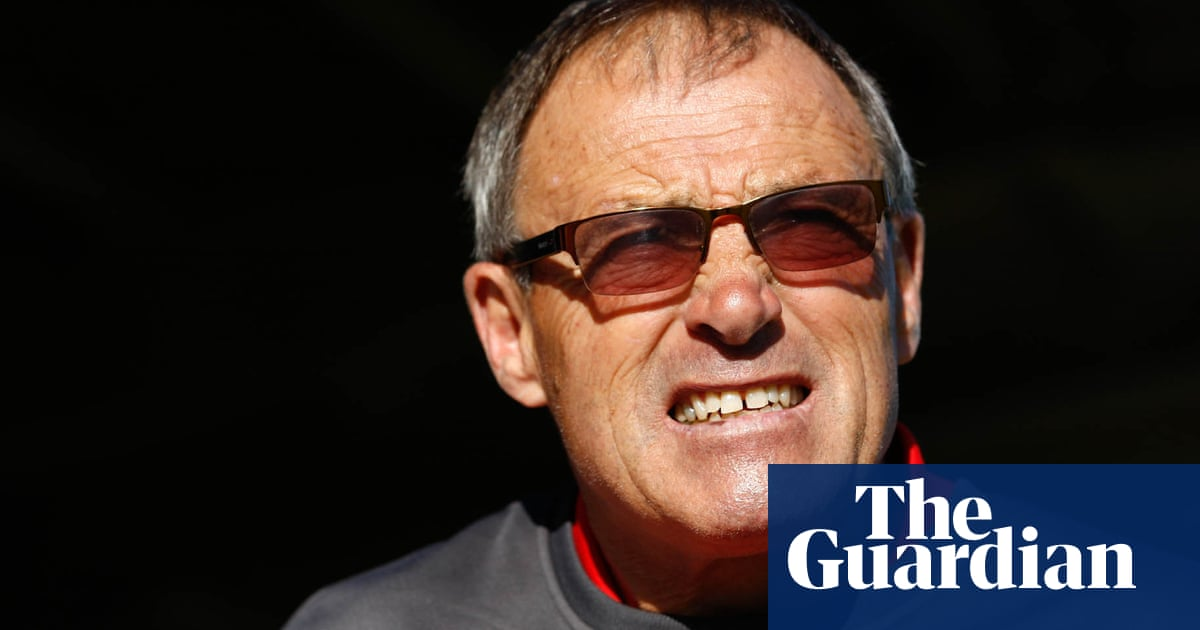 Dario Gradi sorry for 'not recognising signs' of Barry Bennell abuse
