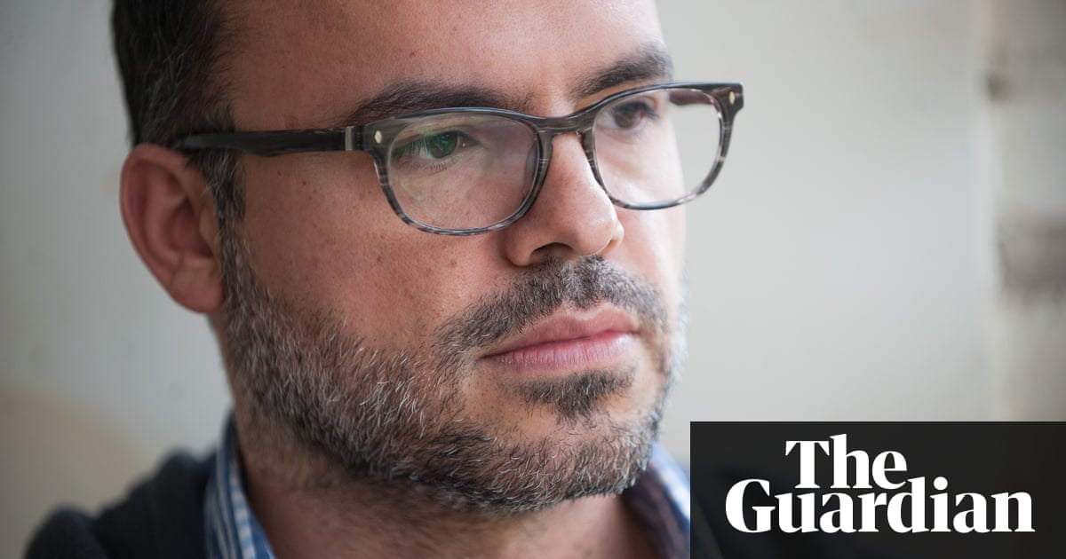 the Guardian | Iran's blogfather: Facebook, Instagram and Twitter are killing the web