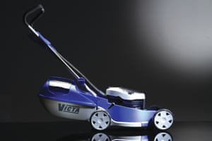 2004 Victa Razor lawnmower. Designed by Blue Sky Design Group for Victa.