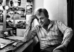 Anthony Hopkins, Pravda (David Hare), National Theatre 1986.