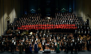 Massed forces … Daniel Harding with The Swedish Radio Symphony Orchestra, Edinburgh Festival Chorus, NYCoS National Girls Choir and soloists.