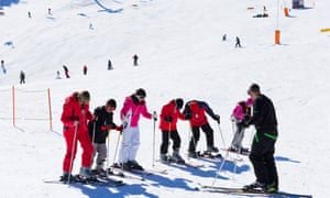 Ski school on the nursery slopes at Comallempla, Arinsal,