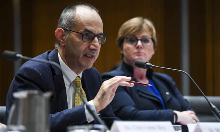 Mike Pezzullo told Senate estimates that home affairs minister Peter Dutton had no involvement in the Paladin deal