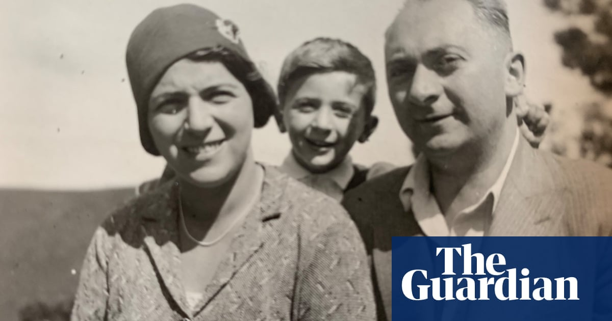 How Jewish parents used Guardian ads to save their children's lives – podcast